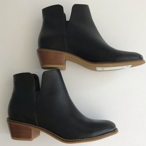 Cole Haan Abbot Grand.OS Leather Cutout Booties